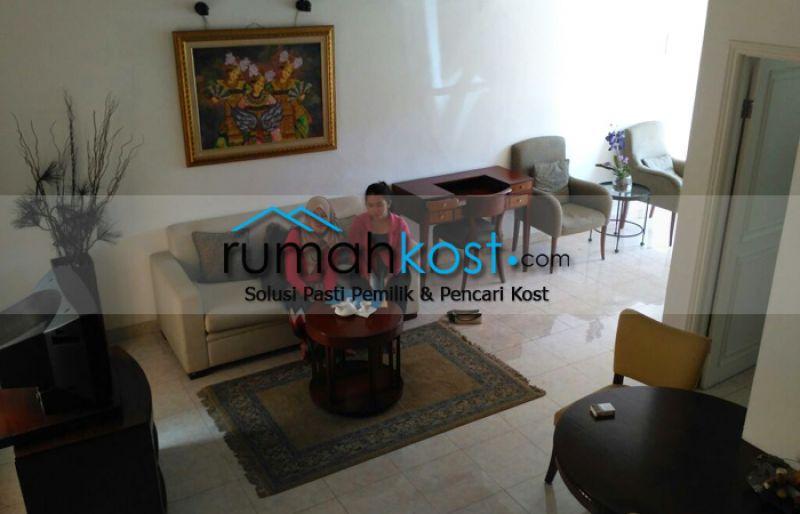 Rumah-Cantik-Raffles-Hills-Cibubur-(5).jpg