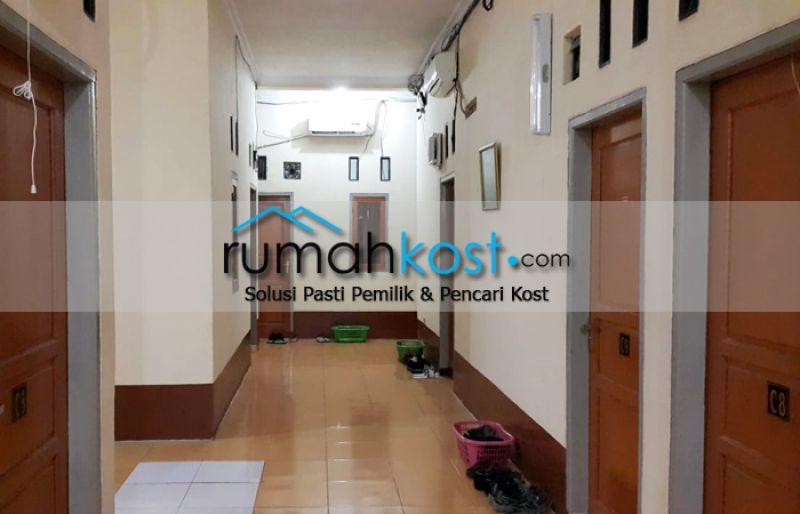 Kost-MAN-DIRI-Jakarta-(3).jpg