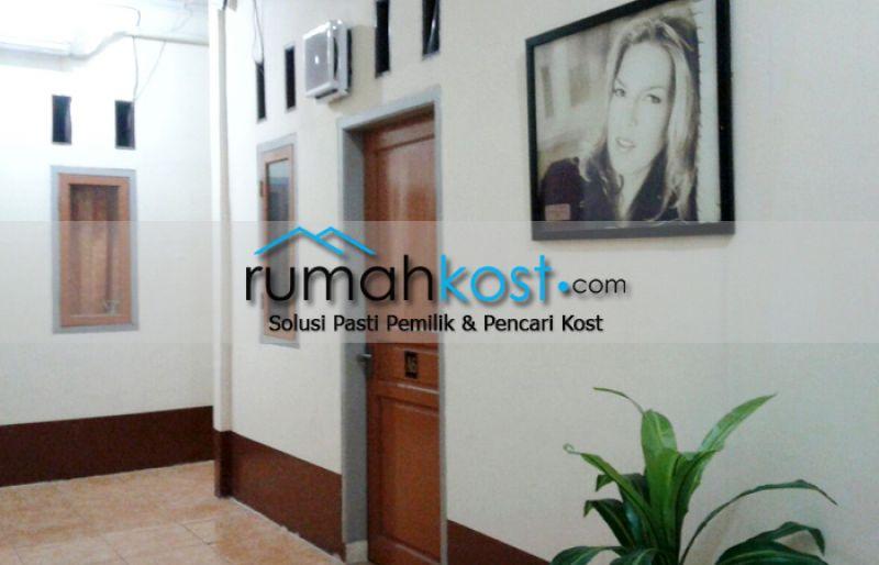 Kost-MAN-DIRI-Jakarta-(8).jpg
